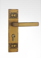 古典小面板执手铜锁 29B02